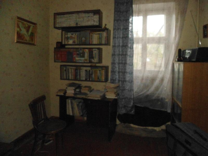продажа трехкомнатной квартиры номер A-62107 в Приморском районе, фото номер 3